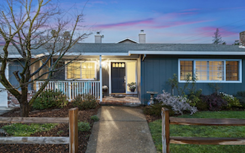 Stylish & Updated Rancher in Redwood City